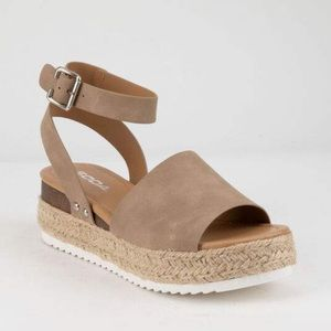 SODA Topic Natural Womens Espadrille Sandals